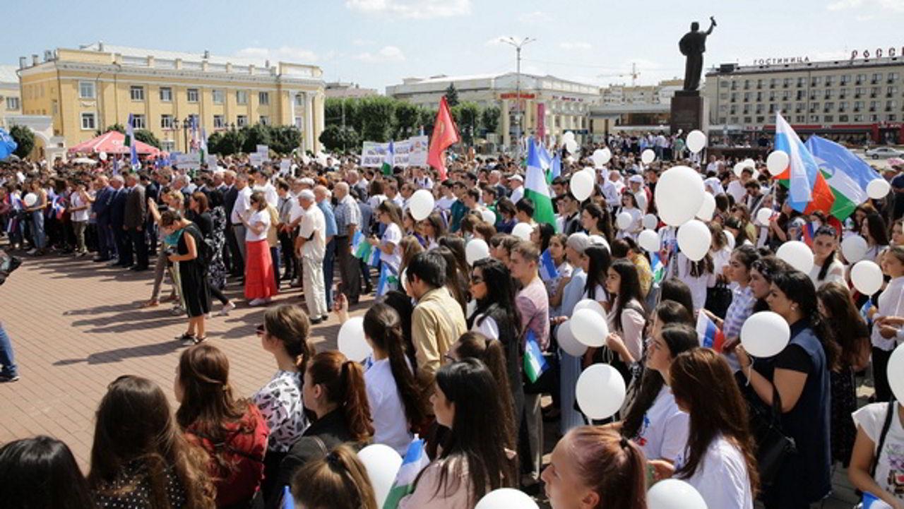 В Кабардино-Балкарии почтили память жертв Бесланской трагедии