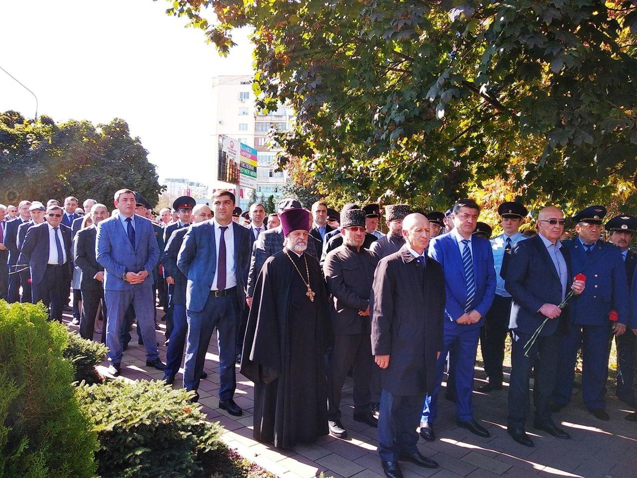 2019-10-14 Священнослужители приняли участие в мероприятиях, посвященных Дню памяти сотрудников правоохранительных органов, погибших при исполнении служебного долга