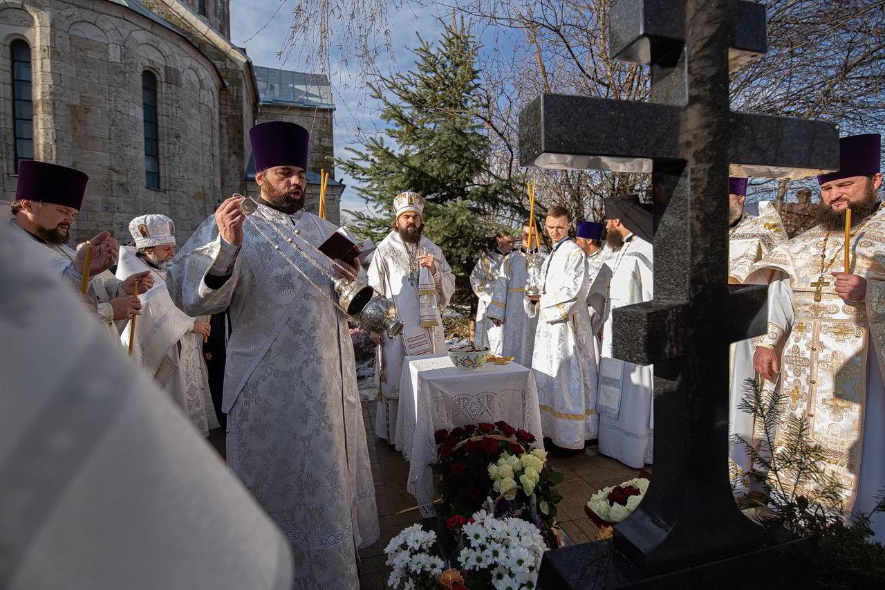 В Свято-Троицком монастыре помянули игумению Антонию