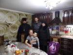 Настоятель храма поздравил инвалидов станицы Котляревской