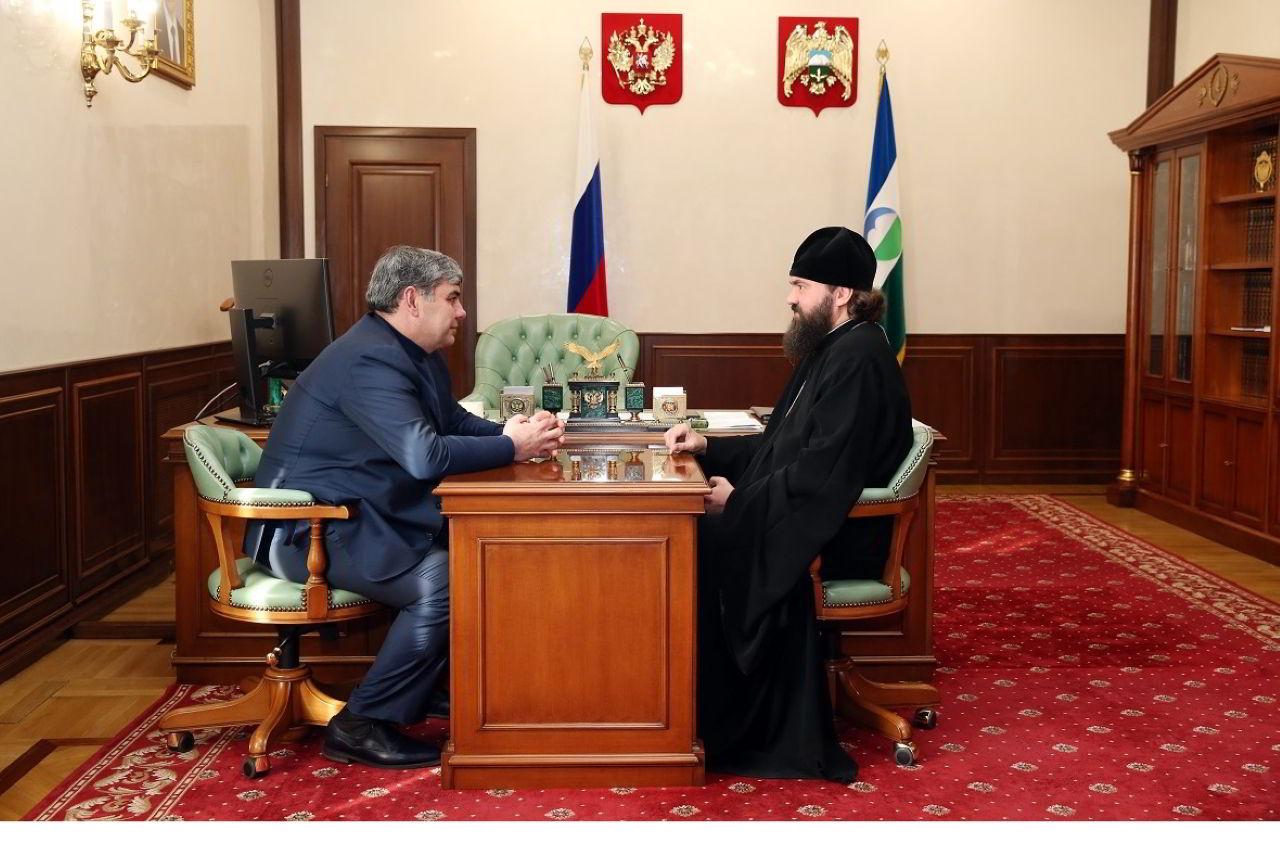 Встреча Главы КБР Казбека Кокова с архиепископом Пятигорским и Черкесским Феофилактом