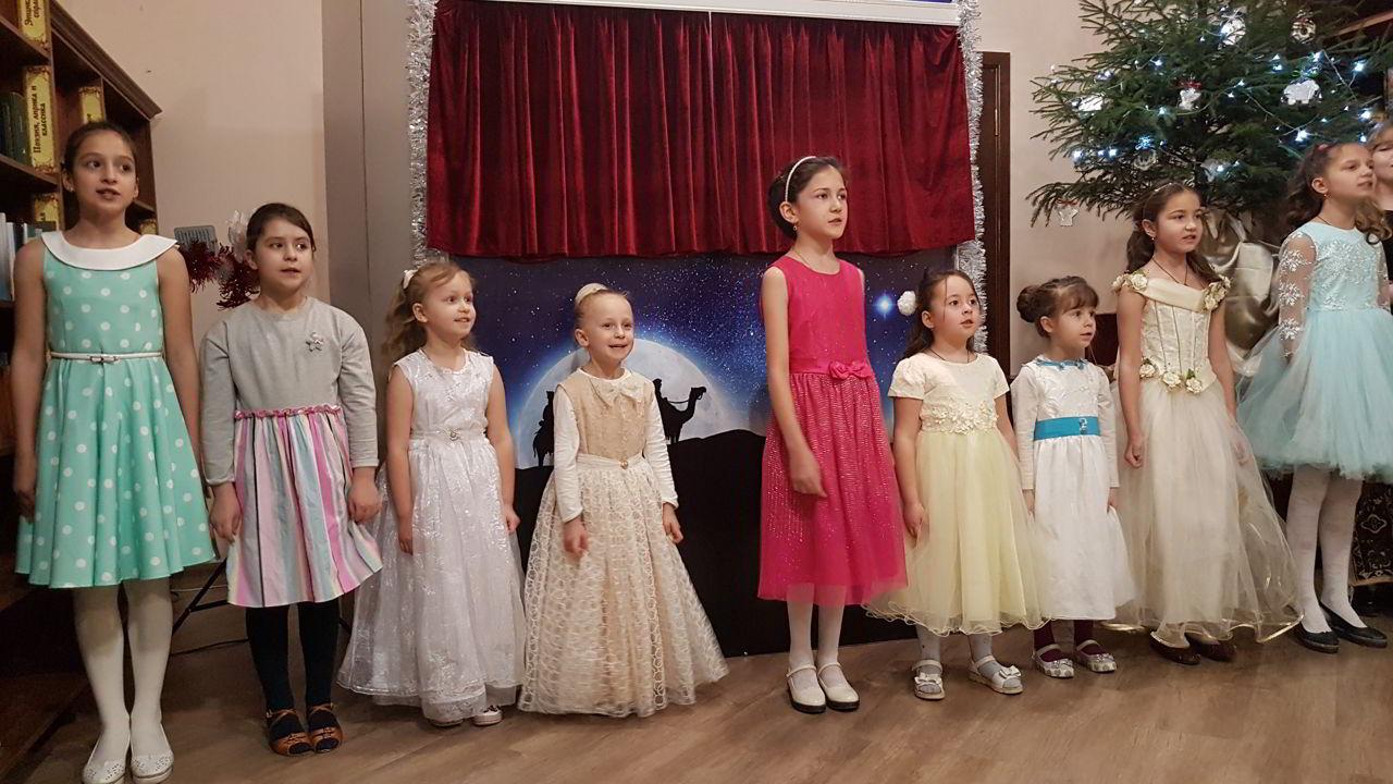 В соборе Марии Магдалины состоялся детский Рождественский концерт