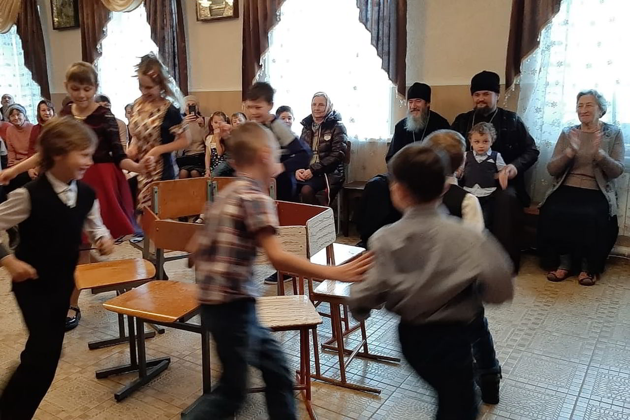 На празднике в Прохладном впервые выступил кукольный театр